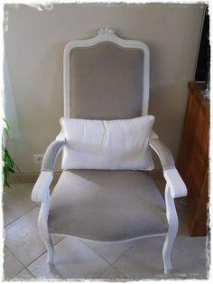 Fauteuil voltaire gris pois blancs furniture pinterest for Chaise voltaire