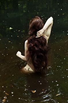 Water and Soul.  Kriegerinnen. Warrior. Mehr zu meinen Amazonen / More about my amazons: www.larasfedern.wordpress.com