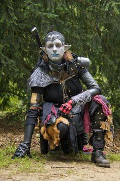 Chaos elf, grey elf,  tattered, chain, leather,wild elf, larp, costume, elf. Www.layersart.nl