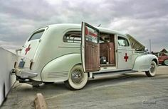 1942 Packard ambulance