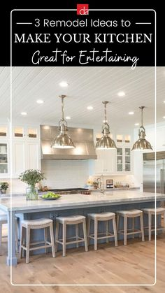 Grey Kitchen Island, Farmhouse Kitchen Island, Modern Farmhouse Kitchens, Kitchen Redo, Kitchen Layout, New Kitchen, Kitchen Island Attached To Wall, Modern Kitchens With Islands, Modern Farmhouse Lighting