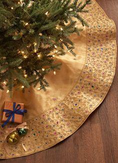 gold beaded christmas tree skirt httprstylemenrwb5dr9te - Gold Christmas Tree Skirt