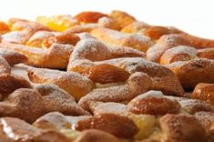 Marillenkuchen Egg Recipes, Dog Food Recipes, Apricot Cake, Dessert Drinks, Desserts, Austrian Recipes, Seafood Seasoning, Vegetable Drinks, Recipes