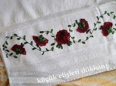 Kurdela Nakışı Havlu Modelleri | Hobilendik Lace Flowers, Crochet Granny, Embroidery Applique, Bed Sheets, Napkins, Towel, Sewing, Granny Squares, Boutique