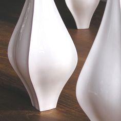 Finn Vase. Available from Bromley & Bromley. £62 #bromleyandbromley #scabetti #vase #ceramic #finn