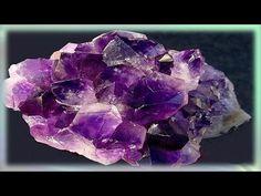 Propiedades curativas de la piedra preciosa amatista - YouTube