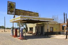 An Abandon Gas Station On Route 66