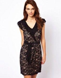 a wear lace dress