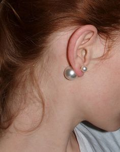 pearl earrings with a twist! Love the you can decide to wear the big or small one whenever!