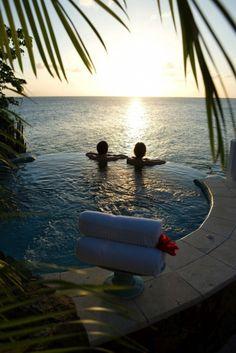 #BeachHoneymoon: #CurtainBluff, #Antigua. Wow place for #honeymoon.            www.booking.com/hotel/ag/curtain-bluff.en-gb.html?aid=305842&label=pin