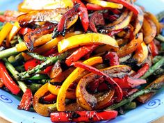 Balsamic Grilled Veggies ~ oooOOOooo...and I just bought lots of colorful bell peppers. This is perfect!