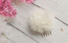 Brautschmuck, Haarschmuck Seidenblüte // bridal hair accessories silk flower via DaWanda.com
