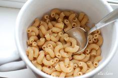 Homemade Single-Serve Microwave Macaroni and Cheese in a Mug!