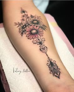 tattoos for daughters \ tattoos for women & tattoos for women small & tattoos for guys & tattoos for moms with kids & tattoos for women meaningful & tattoos with meaning & tattoos for daughters & tattoos with kids names Tattoo Trend, Tattoo On, Forearm Tattoos, Piercing Tattoo, Body Art Tattoos, Small Tattoos, Mandala Tattoo, Side Body Tattoos, Arm Tattoos For Women Forearm