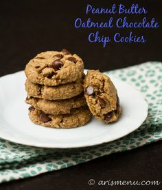 Peanut Butter Oatmeal Chocolate Chip Cookies: Tons of delicious flavor with NO flour, butter or oil!