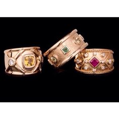 """Beautiful gold, diamond and precious stones. King Design, Handcrafted Jewelry, Cufflinks, Stones, Jewels, Diamond, Instagram Posts, Gold, Accessories"