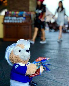 いってらっしゃーい✨ コスチューム作成 @coly.coly.coly #YamatoStyle #ダッフィー #いっしょだといいことありそう #ディズニーパイレーツサ�% Duffy The Disney Bear, Tokyo Disney Sea, Teddy Bear, Stitch, Friends, Board, Animals, Disney Drawings, Photos