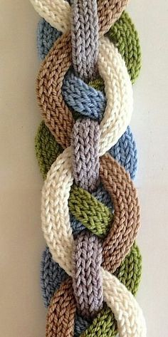 Iquitos Flat i-Cord Scarf by Laura Cunitz This is very...