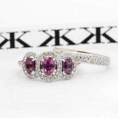 #diamondrings#pinksapphire#diamondweddingbands#custommaderings#cbdjewellers#collinsst#diamondringsmelbourne#engagementrings#artdeco #jewellersmelbourne #cityjeweller #diamondjewellery #jewellers www.kalfin.com.au