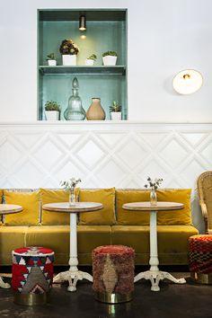 Parisian Eatery With Beautiful Boho Design (la Brasserie Auteuil) Interior Design Kitchen, Boho Interior, Decor, Restaurant Design, Shop Interiors, Boho Chic Interior Design, Boho Designs, Boho Restaurant, Bohemian Bedroom Design