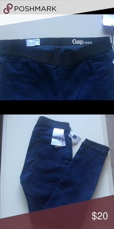 NWT:True resolution skinny denim leggings NWT: navy blue true resolution skinny jeans. Re-poshing these. They didn't fit. 😪 But they're adorable. Gap Jeans Skinny