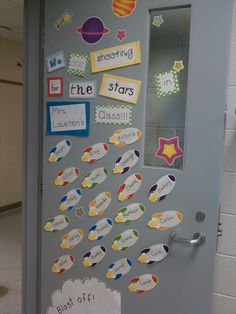 Engaging Learners in the Upper Grades: A peek into my classroom. Star Themed Classroom, Space Theme Classroom, Stars Classroom, Classroom Design, School Classroom, Classroom Decor, School Displays, Classroom Displays, Classroom Organization