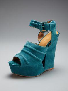 L.A.M.B. Adorable Wedge Sandal - Gilt