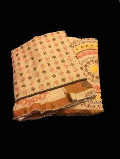 100% cotton bed sheet with two sided frill and two pillow cases with four sided frill. Please visit www.raziascloset.com