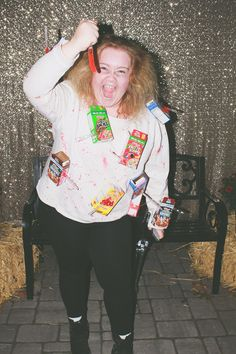 10 people who had the most genius costumes ever cereal killer cereal killer easy halloween costumes for everyone ccuart Choice Image