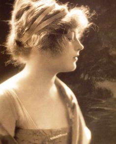 Miss Marion Davies: I've always wanted to wear my hair this way...