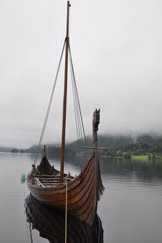 Please, Read My Rules In Journal  U003e[link] EDIT: Oh My. Iu0027m So Glad You Like  That Vikingsu0027 Ship