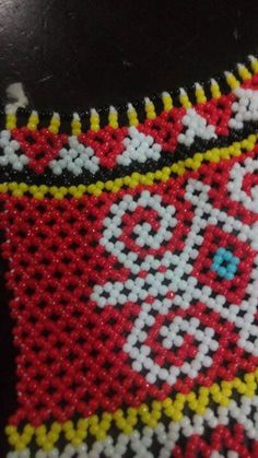 Beaded Jewelry, Beaded Necklace, Borneo, Beading Patterns, Flora, Projects To Try, Marvel, Traditional, Blanket