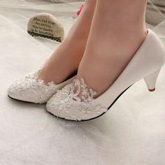 ◇ Lvory Perlen-Blumen-Hochzeits-Spitze-Abschlussball-Brautbrautjungfern Wohnung High Low Heels Schuhe. ◇ des Fotos Farben können von der tatsächlichen Produkt ein wenig unterschiedlich sein wegen der verschiedenen Monitoren.   eBay!