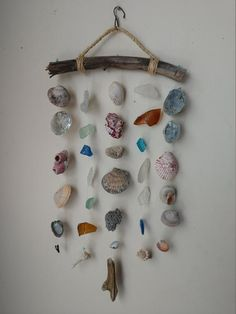 Your place to buy and sell all things handmade Seashell Art, Seashell Crafts, Beach Crafts, Fun Crafts, Arts And Crafts, Diy Wind Chimes, Shell Wind Chimes, Driftwood Crafts, Mobiles