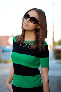 The Green Bee - Navy and green top