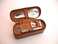 Hey, I found this really awesome Etsy listing at https://www.etsy.com/listing/209480898/1960s-zipped-mens-vanity-set-gillette