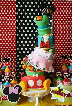 The Disney Cake Blog: Mickey and Friends Cake