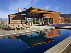 Studhorse / Olson Kundig Architects. Image © Benjamin Benschneider