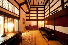 山荘 無量塔 Higashi (Eastern Villa)