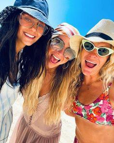 Beautiful Celebrities, Beautiful Actresses, Nikolina Konstantinova Dobreva, Hat Hairstyles, Summer Beach, Mirrored Sunglasses, Bae, Hair Accessories, Photo And Video