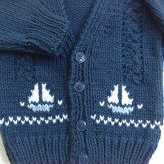 Baby knit cardigan with sailboat motifs – 6 to 12 months – Hand knit baby sweater – Baby boys sailboat sweater – Gift for baby boy Baby Strickjacke mit Segelbootmotiven 6 bis 12 von LurayKnitwear Toddler Cardigan, Cardigan Bebe, Baby Boy Sweater, Knitted Baby Cardigan, Knit Baby Sweaters, Baby Pullover, Boys Sweaters, Sweater Cardigan, Cardigan Pattern