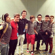 O2L group picture at Playlist Live 2013! Gotta love them!