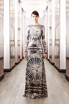 See the complete Emilio Pucci Pre-Fall 2012 collection.