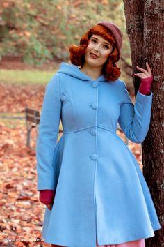 Women's Winter Single breasted wool Coat red swing hooded | Etsy Green Wool Coat, Long Wool Coat, Winter Coats Women, Coats For Women, Ladies Hooded Coats, Hooded Wool Coat, Cool Coats, White Dresses For Women, Swing Coats