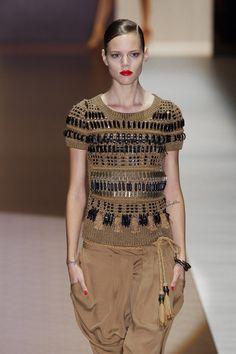like Fairisle in beads...  Gucci - Milan Spring 2012