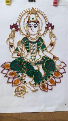 Lakshmi Devi Simple Rangoli Designs Images, Rangoli Designs Flower, Rangoli Ideas, Diwali Diy, Diwali Craft, Diwali Rangoli, Thali Decoration Ideas, Diwali Decorations, Hobbies And Crafts
