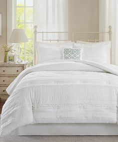 White Amanda Five-Piece Comforter Set