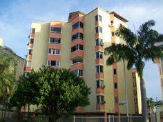 Apartamento en Venta en el Trigal MLS #14-10921 - Apartamentos en venta - ValenciaPrecio sujeto a cambio sin previo aviso Mas Información @tenemosinmueble tenemostuinmueble.com.ve tenemos tu inmueble soñado MEOB