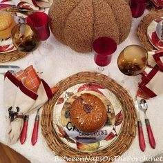 Cabin, Lodge Dining, Leaf Plates, Acorn Tureen Fall Table Settings, Autumn Table, Pumpkin Centerpieces, Thanksgiving Tablescapes, Fall Dinner, Autumn Inspiration, Warm And Cozy, Fall Decor, Acorn