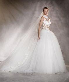 Almeria - Vestido de noiva em tule, detalhe guipura e bordado